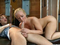 Horny mother Austin Taylor licks a dick like only a milf could