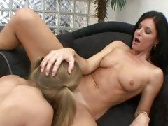 India Summers gets a pussy check from Chastity Lynne