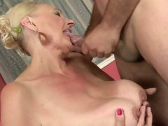 Tantalizing blonde gets a face full off hot cock juice