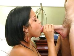 Meat eater Abella Anderson sucks on this fuck stick