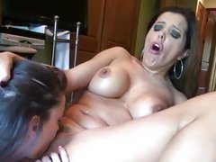 Sizzling Georgia Jones goes down on Francesca Le's slot
