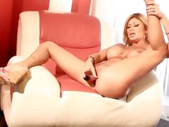 Roasting Lisa Daniels torments her dripping wet foof