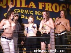Hot Body Contest Tequila Frogs gets the crowd horny