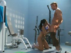 India Summers get cunt licked at the gym