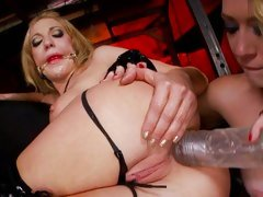 Saucy Kagney Karter torments Amy Brooke's tight ass