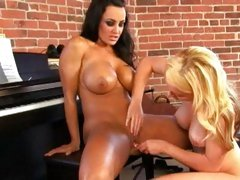 Alluring Kayden Kross toy fucks Lisa Ann's snatch