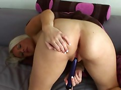 BArbie Addison enpleasures a pussy stretching play using her much loved Toy