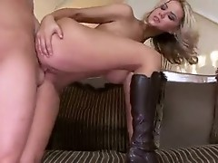 Sexy doxy AshLynn Brooke knows how to Milk the fuck out of a Horny copulatestick