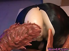 Asami Ogawa Asian hottie vs the tentacle