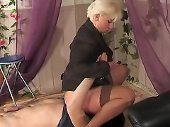 Penny and Adam irresistible mom on video