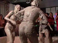 Mud fight with an audience