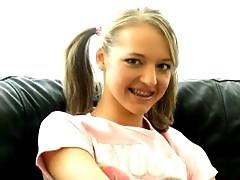 Cutie amateur British Britney