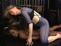 Mature nina hartley fucking nyomi banxxx