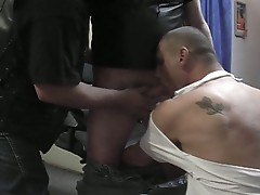 Two dudes raly pleasing their friend and swallowing cum at the end!