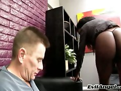 Female domination fuck action for this slutty babe
