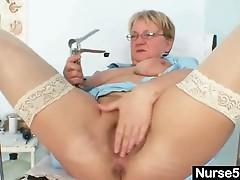 Natural big tits granny bizarre masturbation in hospital