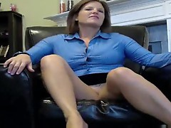 She milf tells you to jerk off for her