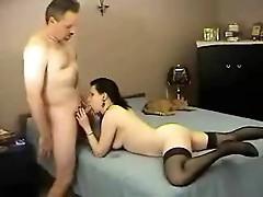 Amateur brunette takes his creampie