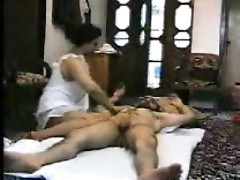 Amateur Arab girl with fat ass rides him