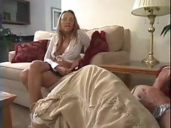Muscular guy fucks cutie and cums on her