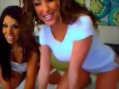 Sexy Webcam Lesbians Teasing