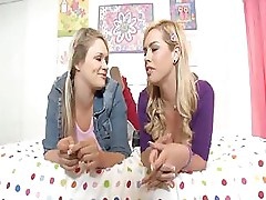 Heather Starlet and Tara Lynn Foxx tag team a fat cock and each other