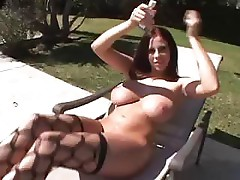 Gianna Michaels has got herself a nice long cock to play with