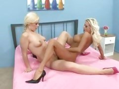 Its a lip lock at both ends when Nikita Von James and Tara Lynn get nasty