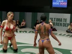Sluts Mahina Zaltana & Isis Love take part in a fight