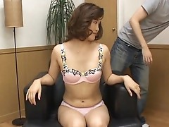 Hot mature Asian woman is amazing for fuck