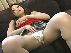Pussy shaved asian babe gets fingered good