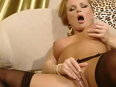 Pretty Blonde nympho Sylvia Saint rubs her muff