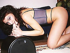 Sweetheart whore takes wild ride on sybian