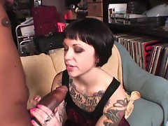 Daisy Sparks gets fucked and cummed