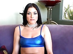 Eva Angelina flaunting