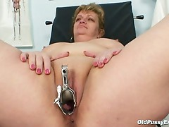 Mature Vilma has her pussy properly gyno checked at gyno office
