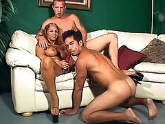 Hardcore bi threesomes porn video