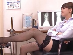 Akiho Yoshizawa doctor loves getting licked