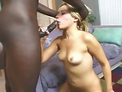 Schlong Starved SinDee Jennings slurps a Mbuttive errect dick in this chabr warm Mouth