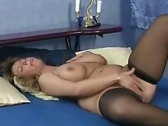 Sexy aged plumper Brenda