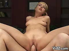 Blonde chick gets all the pumping