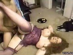 Chubby bitch with big tits gets banged on the floor