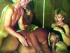 Fat ebony in threesome sucks and fucks