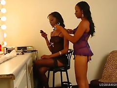Imani and dariel lick dressing room cunt