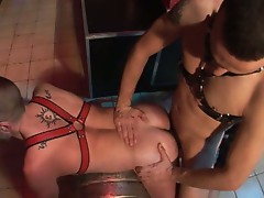 Sex pit with gay licking and banging the ass