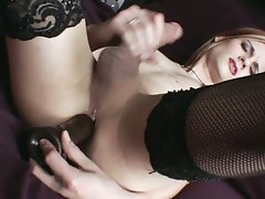 Blonde tranny masturbates in hot solo