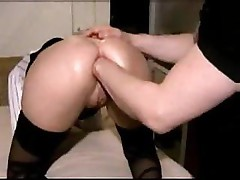 Babe with a nice ass gives a good POV of getting her ass fisted