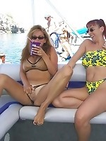 Rachel nude at Lake Havasu