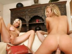 Blistering Nicole Aniston gets rammed up her twat