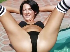 Blistering hot Kimmy Kay shows off her toned body
